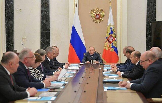 پوتین: 2019 به رغم تحریم ها 13 میلیارد دلار سلاح فروختیم