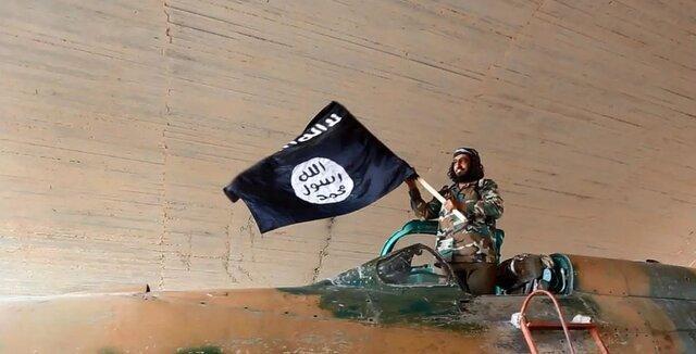 شما نظر بدهید، ارزیابی شما از تحرکات جدید آمریکا و انتقال سرکردگان داعش به عراق چیست؟